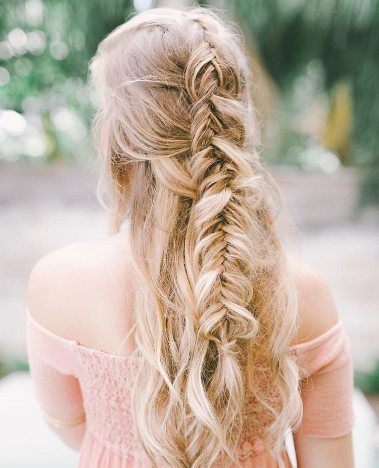Beautiful fishtail braided hair down hairstyles, wedding hair,half up half down hairstyles ,half up half down wedding hairstyles, wedding hair down hairstyle #weddinghairstyles #hairstyles #romantichairstyles #halfup #hairdown