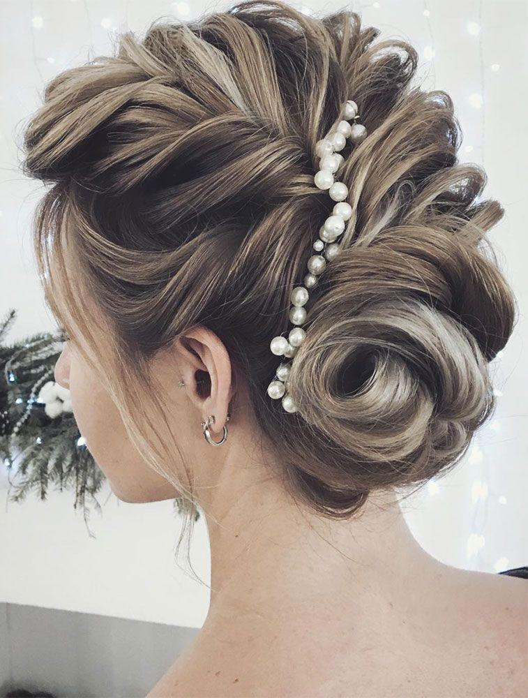 "<a href=""https://vk.com/club39036699"" target=""_blank"" rel=""noopener nofollow"">Lena Bogucharskaya</a> Make up & hairstyle"