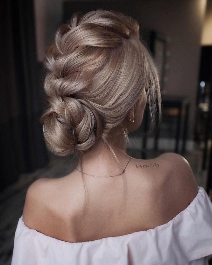 Braided updo hairstyles,braid wedding hairstyles ,updo, loose braid updo wedding hairstyle #weddinghair #wedding #hairstyles #updoideas
