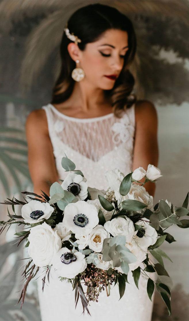 22 Fabulous Sage Wedding Ideas – Sage silver wedding bouquet