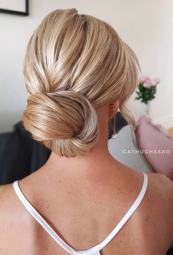 😍💓 These 100 Prettiest Wedding Hairstyles perfect for both wedding Ceremony and Reception 💓💓 elegant low bun , bridal hairstyle,wedding updo hairstyles ,wedding hairstyles #weddinghair #hairstyles #updo #hair