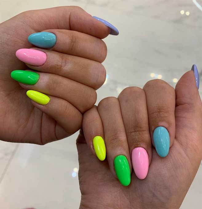 40 Fabulous Nail Designs That Are Totally In Season Right Now