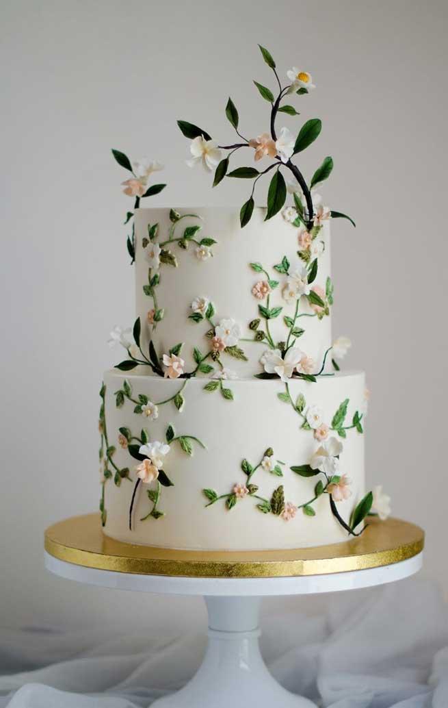 two tier wedding cake #weddingcake #weddingcakes
