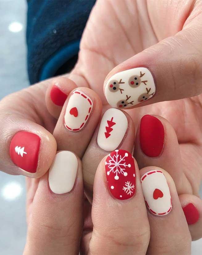 Christmas Nail Art Designs To Look Trendy This Season