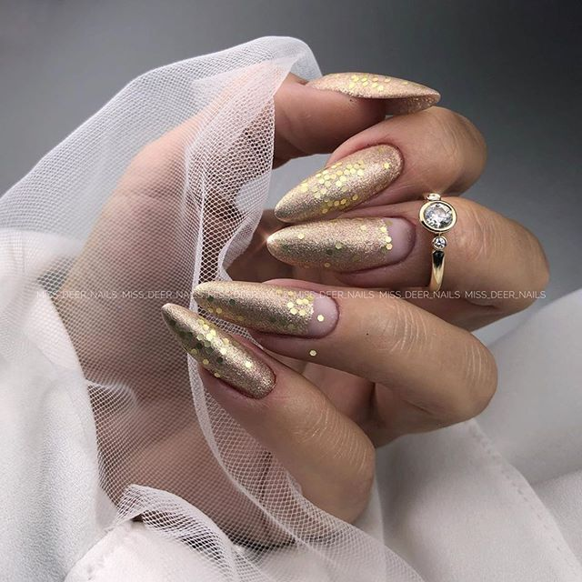 Gorgeous New Year's Eve Nail Art Ideas For Glam Looks