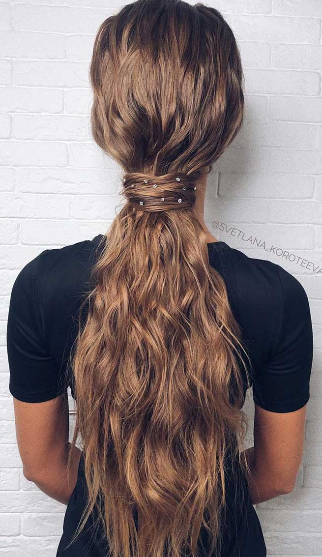 22 Fabulous Hairstyles For Christmas And New Year Eve S Party