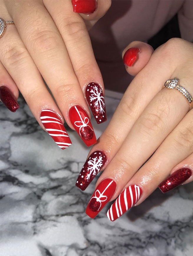 mismatched christmas nails , winter nails , festive nail art, christmas nails, festive nails #festivenails