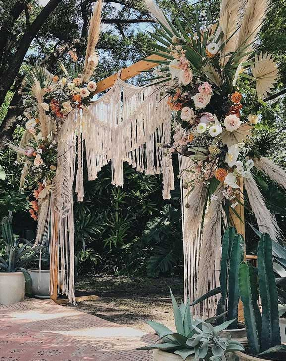 These Fab Boho Wedding Altars, Arches and Backdrops that make us swoon 18