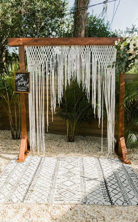 These Fab Boho Wedding Altars, Arches and Backdrops that make us swoon 22