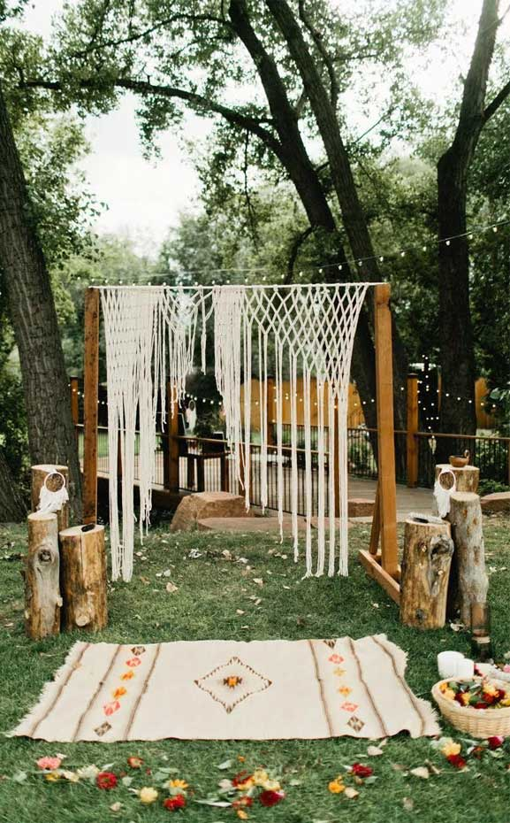 These Fab Boho Wedding Altars, Arches and Backdrops that make us swoon 20