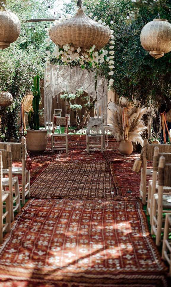 These Fab Boho Wedding Altars, Arches and Backdrops that make us swoon 8