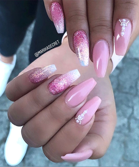 39 Ways to wear glitter nails for an Elegant Touch