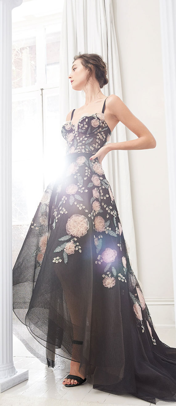 49 Beautiful Prom Dresses That'll Make You Everyone Say WOW