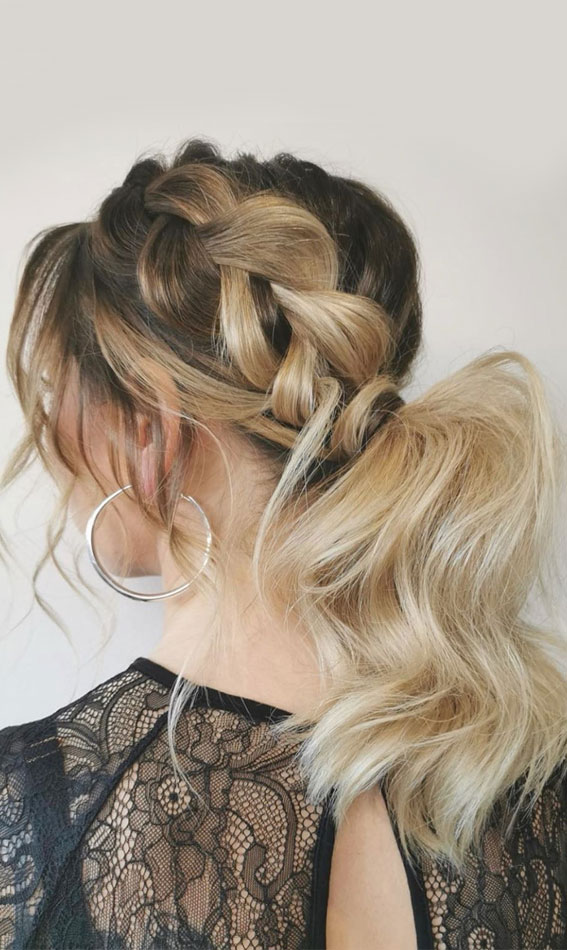 Gorgeous ponytail hairstyle to complete your look this spring & summer : chunky braid