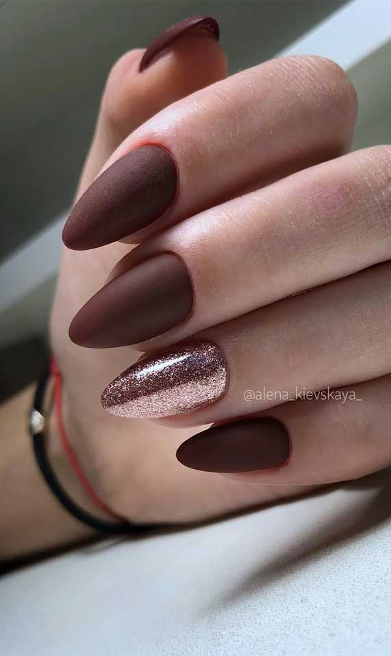 Nail Art Designs You'll Want to Wear : Burgundy and Rose Gold Nails