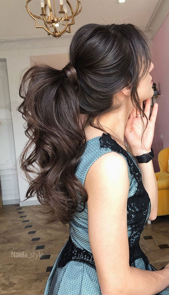 Gorgeous ponytail hairstyle to complete your look this spring & summer
