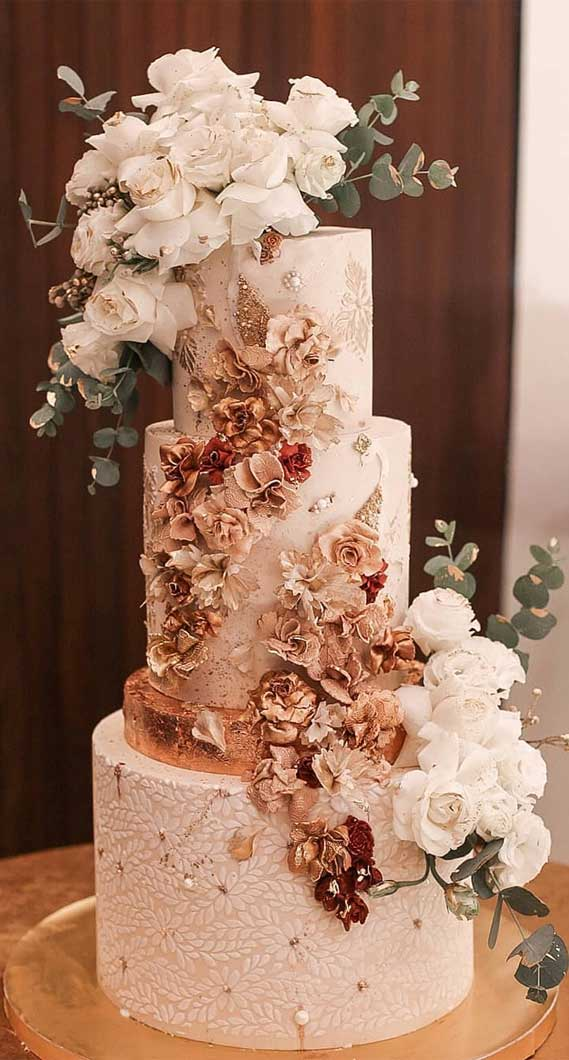 lavish wedding cake, buttercream wedding cake, wedding cake, wedding cake designs, wedding cake ideas, unique wedding cake designs #weddingcake #weddingcakes #cakedesigns wedding cakes 2020 , wedding cake designs 2020, wedding cake ideas