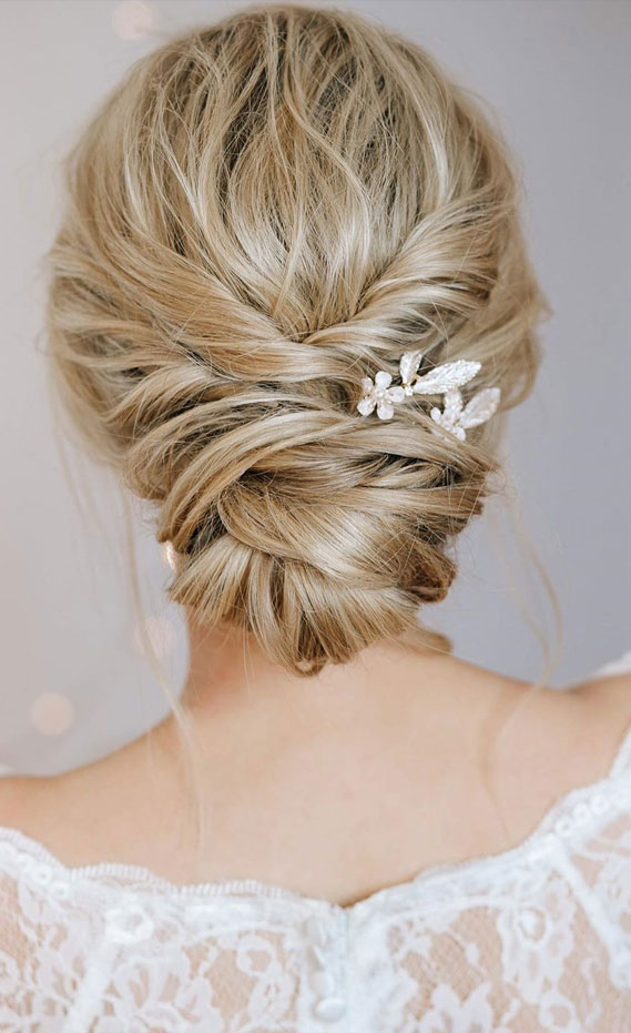 35 + Gorgeous Updo Hairstyles for every occasion
