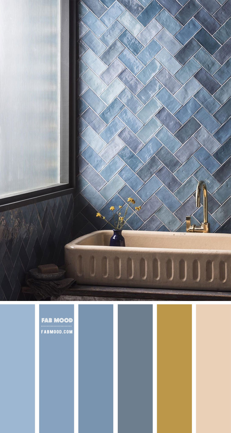 Blue grey and warm taupe color scheme for bathroom