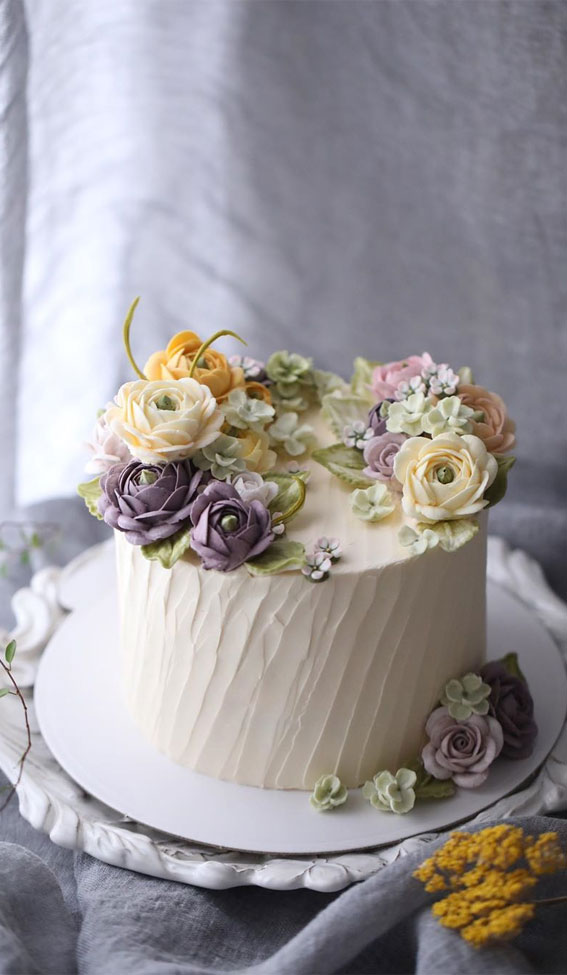 The Prettiest Buttercream Floral Art Wedding Cakes With A Modern Spin