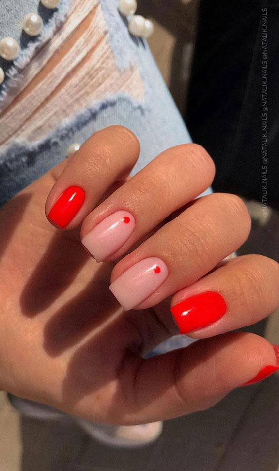 ombre minimalist nail art, minimalist nail art 2020, minimalist nail art lines, minimalist nail art instagram, contemporary nail art, glitter minimal nail art, simple nail art, minimalist nail polish #minimalnailart #minimalistnails