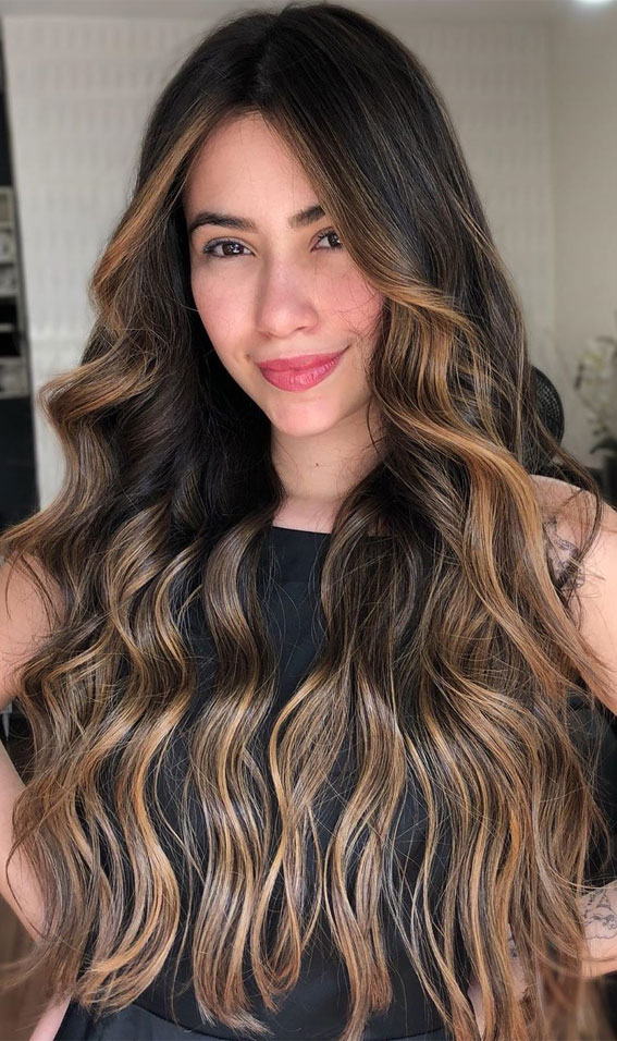 40 The Best Autumn Hair And Colour Ideas You'll Be Dying : Brunette with highlight