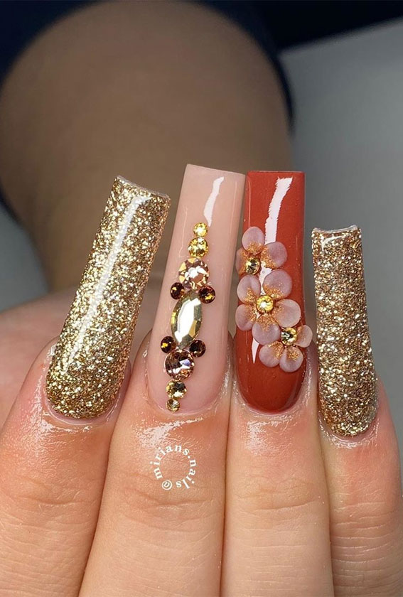 40 Beautiful Nail Design Ideas To Wear In Fall : Sophisticated fall nails design