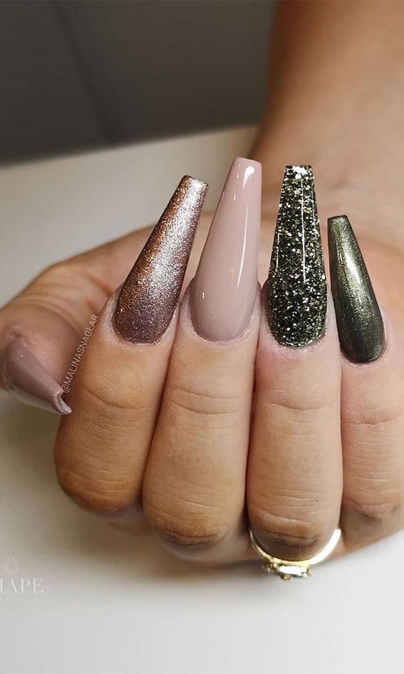 muted green nails, mix and match nail colors, fall nail art designs, fall nail ideas #fallnails #fallnailart #fallnailcolors