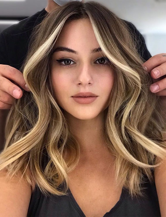 40 The Best Autumn Hair And Colour Ideas You'll Be Dying : Golden blonde face frame highlights