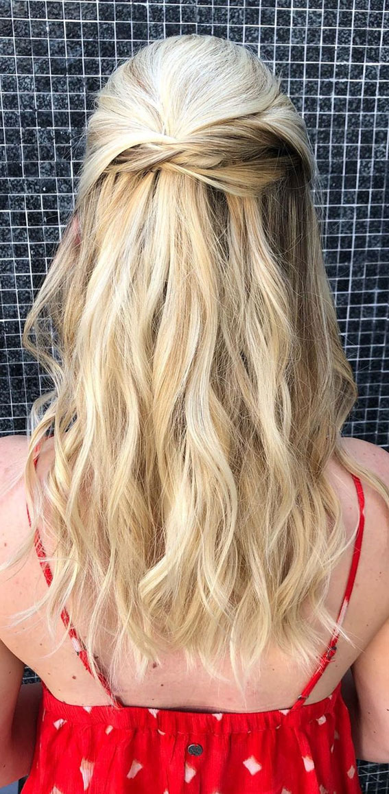 Trendy Half Up Half Down Hairstyles : Ponytail Half Up