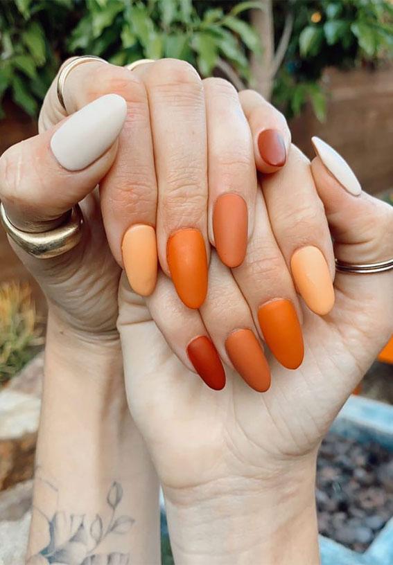 40 Beautiful Nail Design Ideas To Wear In Fall : Gradient pumpkin