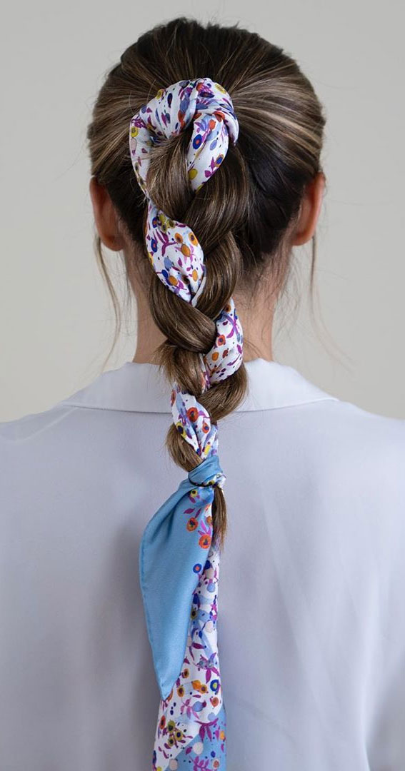 39 Pretty Ways Spice Up Your Boring Outfits With Hair Scarves – Cute braiding a scarf
