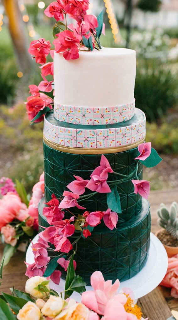 41 Best Wedding Cake Styles For Your Big Day : Green wedding cake