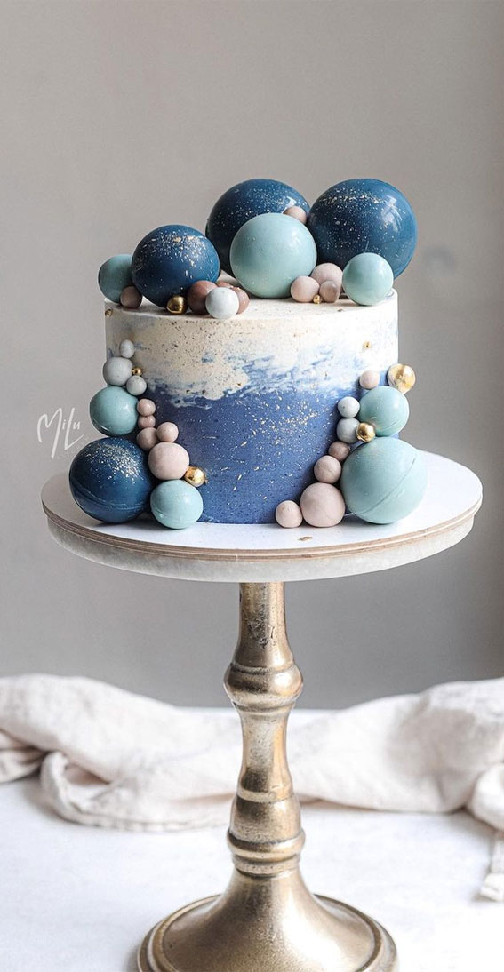 54 Jaw-Droppingly Beautiful Birthday Cake : Two tone cake with chocolate balls