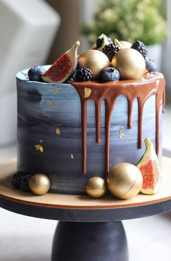 54 Jaw-Droppingly Beautiful Birthday Cake : Ombre blue birthday cake