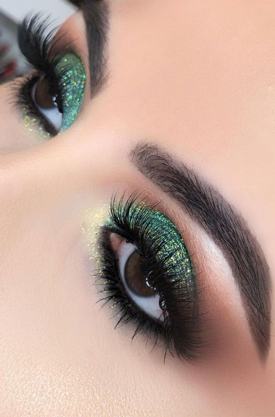 Gorgeous Eyeshadow Looks The Best Eye Makeup Trends – Green Glitter