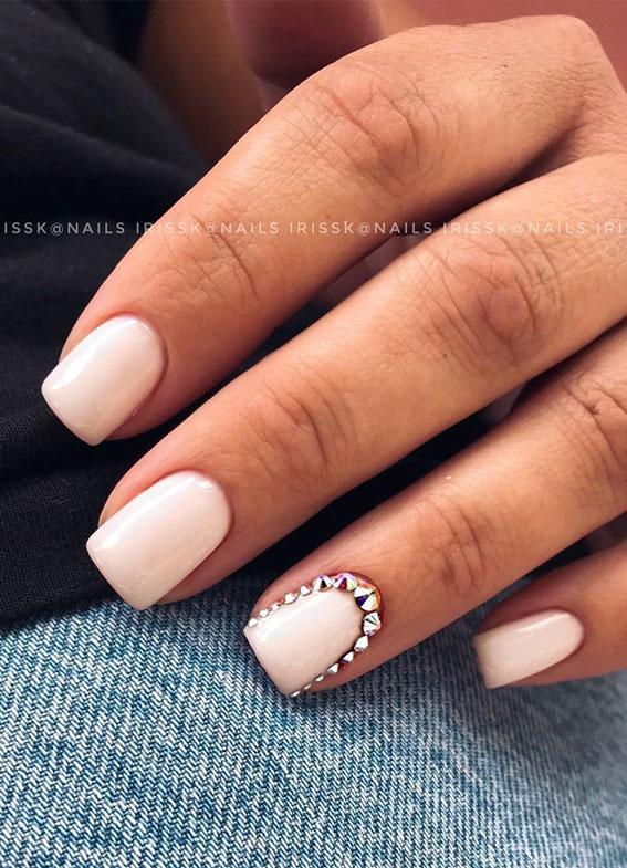 Pretty and Elegant Matte Nail Art Design #mattenails #
