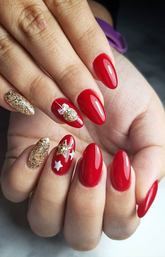 red and gold christmas nails, gold and red festive nails, christmas nail designs, christmas nails design, festive nail design ideas, festive nails 2020
