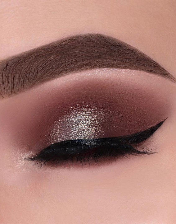 65 Pretty Eye Makeup Looks : Shimmery eye shadow look