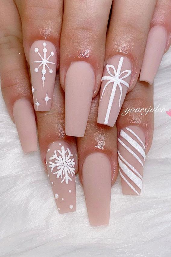 Pretty Festive Nail Colours & Designs 2020 : Pretty Nude Christmassy nails
