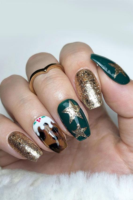 Pretty Festive Nail Colours & Designs 2020 : Mismatched Festive Nails