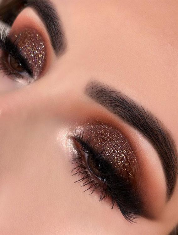 svjetlucavo smeđe sjenilo, šminka za oči boje lješnjaka, izgled zlatne šminke, izgled šminke za oči, najbolji izgled šminke za oči, neutralni izgled oka za oči, prirodna šminka, večernja šminka, ideje za šminkanje očiju 2020, šminka za oči sa zlatnim blještavilom, šminka za oči #eyemakeup # sjenilo