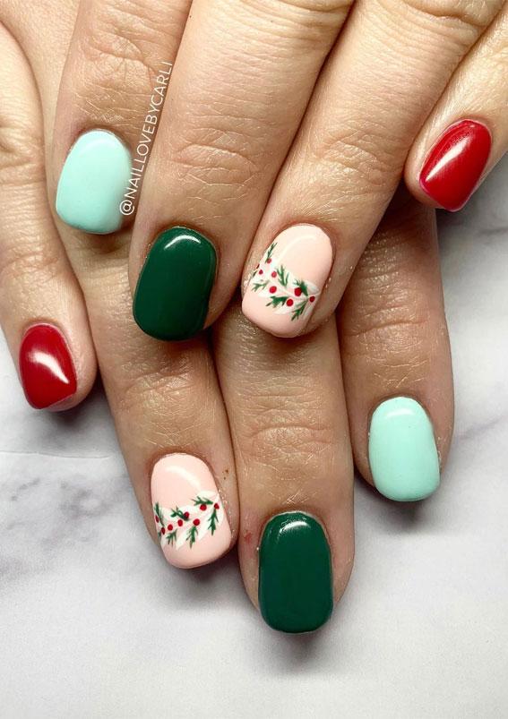 Pretty Festive Nail Colours & Designs 2020 : Beautiful holiday foliage