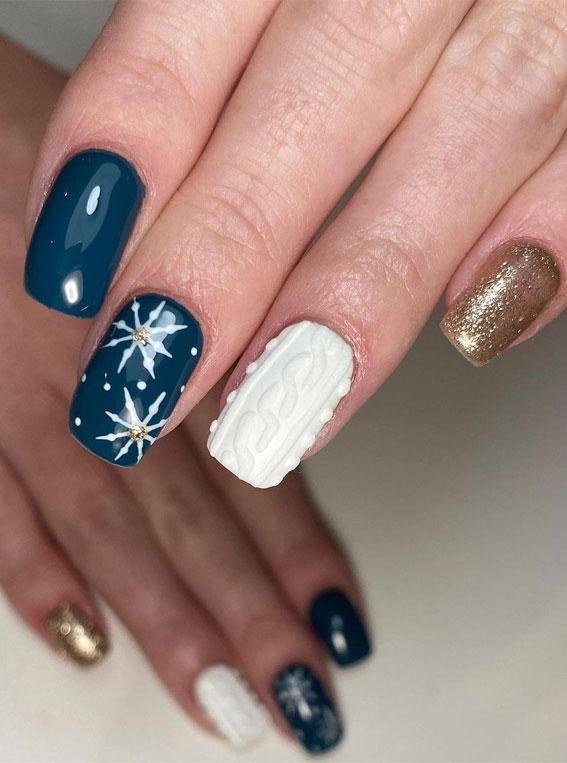 Pretty Festive Nail Colours & Designs 2020 : Glitter, Navy and White Festive Nails