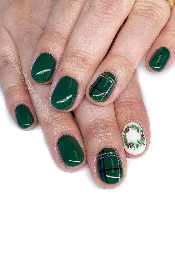 Pretty Festive Nail Colours & Designs 2020 : Green plaid and wreath nails
