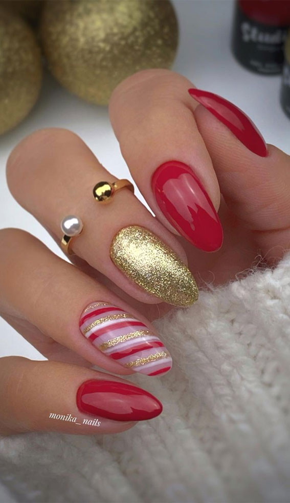 Pretty Festive Nail Colours & Designs 2020 : Gold and Red Christmas nails