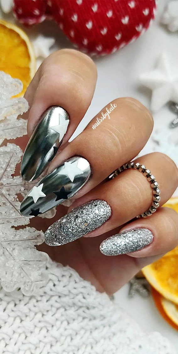 Pretty Festive Nail Colours & Designs 2020 : Chrome and Silver Festive Nails