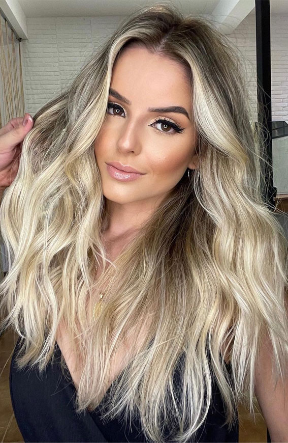 Gorgeous Hair Colour Trends For 2021 : Blonde beach