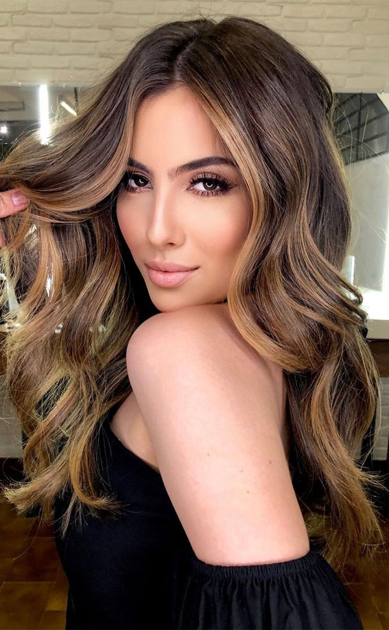 Gorgeous Hair Colour Trends For 2021 : Golden goddess
