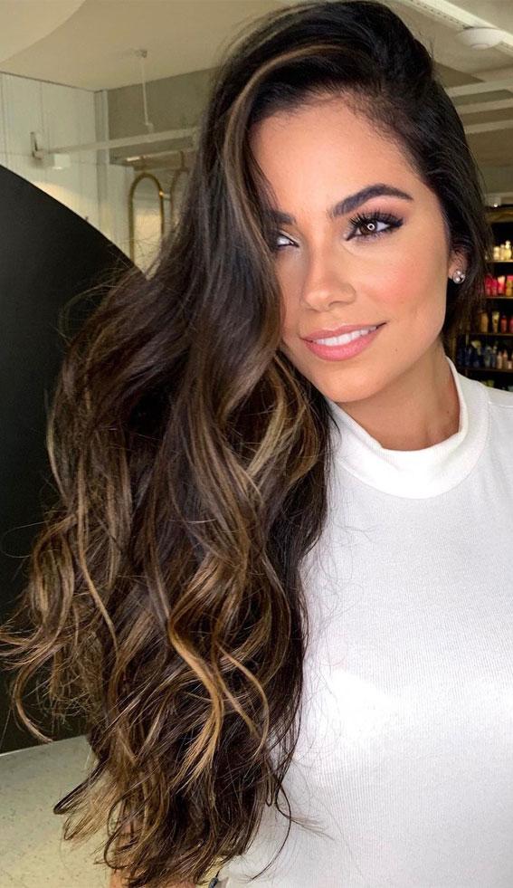 Gorgeous Hair Colour Trends For 2021 : Glam Illuminated Brunette